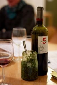 eatin-trinken-essen-flasche-pesto